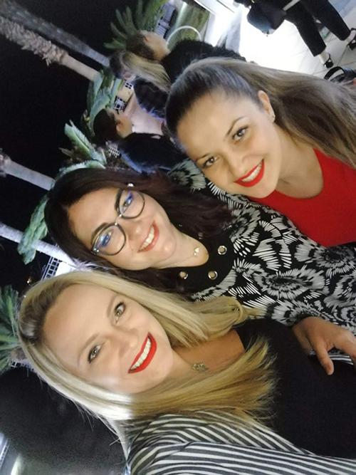 Foto com Yanna, Angela e Tânoa no Campus Unhas Aretini 2018
